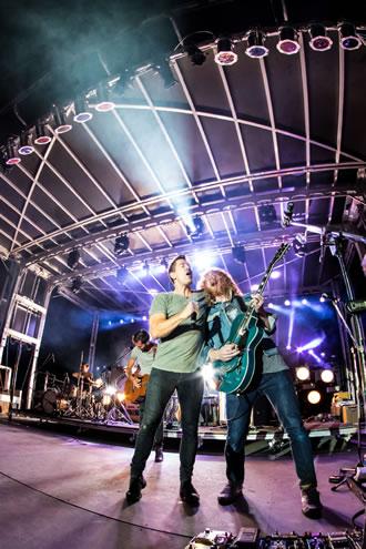 singers at downpour festival